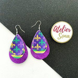 Sparkly Mardi Gras Fleur De Lis Earrings - Purple